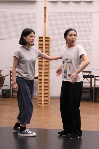写真左から:ユーリック永扇、松内慶乃
