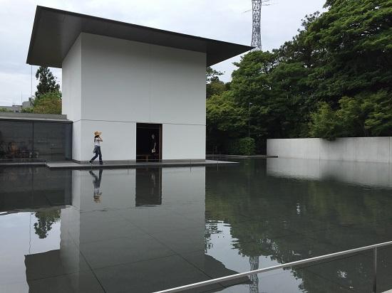 谷口吉生さん設計の建物です。