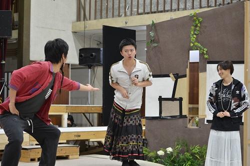 【写真(左から敬称略):牧田哲也、西井幸人、前山剛久】