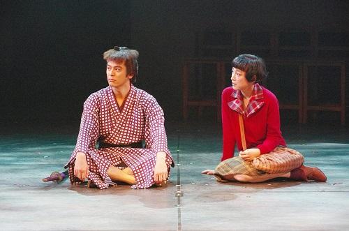 【写真左から(敬称略):妻夫木聡、緒川たまき 撮影:御堂義乘】