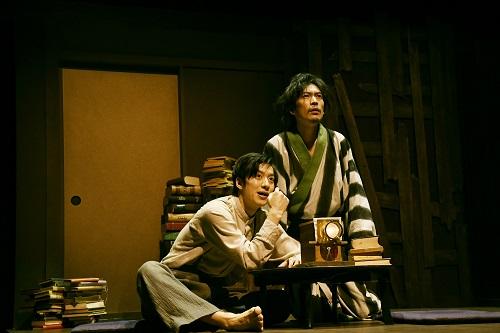 写真左から:水田航生、川口覚 撮影:細野晋司