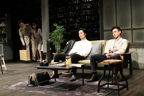 写真左から盛隆二、村岡希美、浜田信也、安井順平(撮影:田中亜紀)
