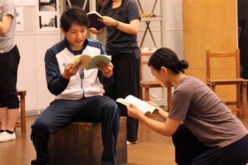 左は杉田少尉役の椎名一浩さん、右は佐藤和さん