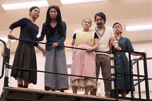 左から:高嶋柚衣、泉千恵(6期修了生)、田渕詩乃、椎名一浩、佐藤和)