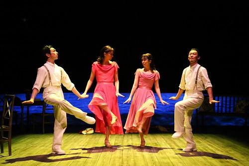 (写真左から)首藤康之、長塚圭史、松たか子、近藤良平 撮影:宮川舞子