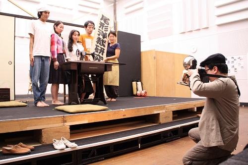 写真(左から敬称略):石原嵩志、川飛舞花、永井茉梨奈、河合隆汰、伊澤日菜、福本鴻介
