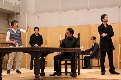 写真左から:福本鴻介、石原嵩志、西原やすあき、福永遼、坂川慶成
